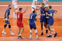 Лига Болгария наций волейбола FIVB против Сербии Стоковая Фотография