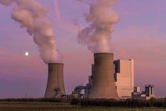 Лигнит-увольнятьая электростанция Neurath, NRW, Германия стоковое изображение