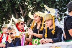 ЛИМАСОЛ, КИПР - 26-ОЕ ФЕВРАЛЯ: Масленица детей принимать парад масленицы детей, 26-ое февраля 2017 в Лимасоле Стоковые Изображения RF