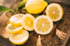 Лимонад стойки, лимон куска стоковые изображения rf