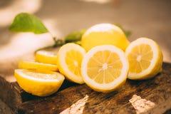 Лимонад стойки, лимон куска стоковое изображение rf