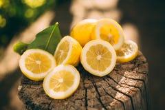 Лимонад стойки, лимон куска стоковое фото rf
