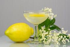Лимонад Elderflower питья лета Стоковые Фотографии RF