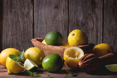 Лимоны и известки Стоковые Фото