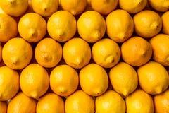 Лимоны на рынке, Филиппинах Стоковые Фотографии RF