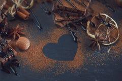 Лимон, гайки и ассортимент точных шоколадов Стоковая Фотография RF