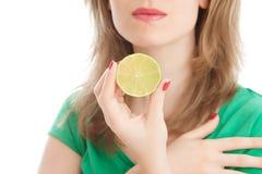 лимон девушки Стоковое Изображение RF