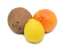 лимон кокоса изолированный грейпфрутом Стоковая Фотография