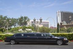 Лимузин простирания около прокладки Лас-Вегас Стоковое фото RF