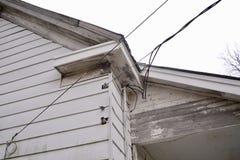 Линии электропередачи к дому Стоковое фото RF