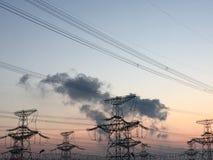 Линии электропередач Распределение силы стоковое фото rf