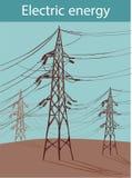 Линии электропередачи на предпосылке голубого неба возвышаются на backgro Стоковые Изображения