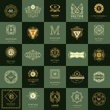 Линия вензель графиков Винтажные установленные шаблоны дизайна логотипов Эмблема письма знака дела Собрание элементов логотипов в иллюстрация вектора