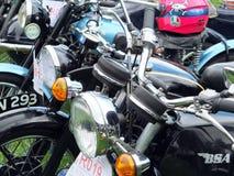 Линия винтажных motocycles на выставке корабля выходных ежегодного моста Hebden винтажной Стоковые Изображения
