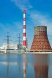 линия восходящий поток теплого воздуха электростанции Стоковая Фотография RF