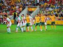 Линия дефенсивы футбольной команды Китая стоковые изображения