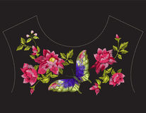 Линия картина шеи вышивки этническая с одичалыми розами и butterfl Стоковые Изображения