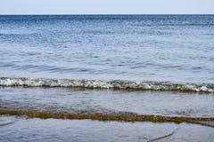 Линия моря горизонта Море и небо Волны и слепимость  Стоковое фото RF