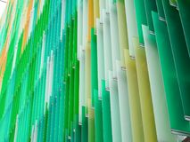 линия наклона листа пластической массы на основе акриловых смол внутренние и aqua m яблока цвета Стоковые Изображения