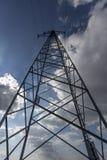 Линия электропередач с небом Стоковая Фотография