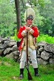 Линкольн, МАМЫ: Великобританский солдат Redcoat на харчевне Hartwell Стоковые Изображения