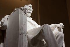 Линкольн усадил в мемориал Линкольна Стоковая Фотография RF