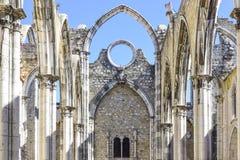 Лиссабон, интерьер известного монастыря делает carmo Стоковое Фото