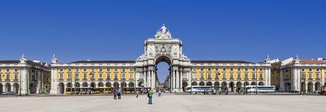 Лиссабон, Португалия - Praca делает Comercio aka Terreirro делает квадрат Paco стоковое изображение rf