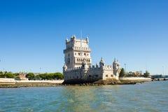 Лиссабон, Torre (башня) de Belém, Португалия, осмотренная от Тахо (Tejo) с юго-западной ориентацией Стоковые Фотографии RF