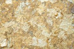 Листовое золото на предпосылке стены в Таиланде стоковые фотографии rf