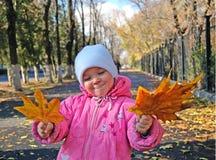 листья девушки Стоковое фото RF
