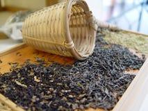 листья освобождают чая стоковые изображения rf