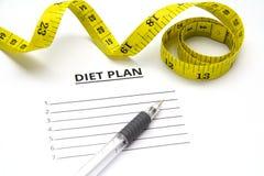 Лист бумаги с планом и ручкой диеты Стоковое Фото