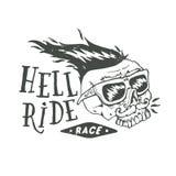 Литерность гонки езды ада Mustached череп велосипедиста иллюстрация вектора