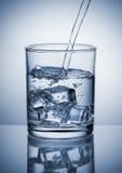 Лить вода стоковое изображение