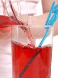лить сока Стоковые Фото