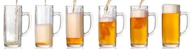 лить 43 mpxls пива Стоковая Фотография RF