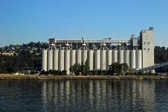 Лифты зерна стоковое изображение