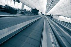 лифт авиапорта самомоднейший Стоковые Изображения