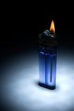 лихтер пламени сигареты недорогой Стоковое фото RF