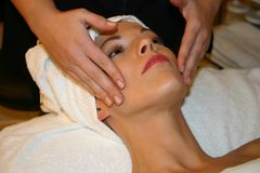 лицевая спа массажа Стоковое фото RF