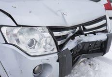 Лицевая часть, который разбили автомобиля Зима Стоковые Фотографии RF