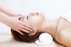 лицевой массаж Стоковые Фотографии RF