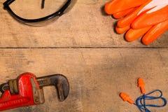Личное оборудование защиты с инструментом Стоковая Фотография RF