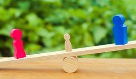 Лишение родительских прав концепция опеки ребенка развод законный молоток судьи суд по семейным делам, закон стойка родителей стоковая фотография