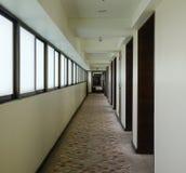 Лобби современной гостиницы в Бангкоке, Таиланде Стоковое Изображение RF