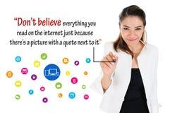 Логика социальных средств массовой информации, онлайн концепция дела Стоковые Фотографии RF