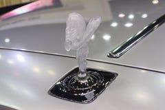 Логотипы автомобиля колесной базы призрака Rolls Royce стандартного Стоковые Изображения