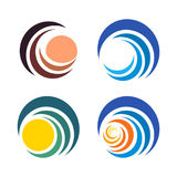 Логотипы волны и солнца, захода солнца и восхода солнца Изолированный абстрактный декоративный комплект логотипа, шаблон элемента Стоковое фото RF