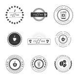 Логотипы, значки и ярлыки кофейни конструируют комплект элементов Стоковое Изображение